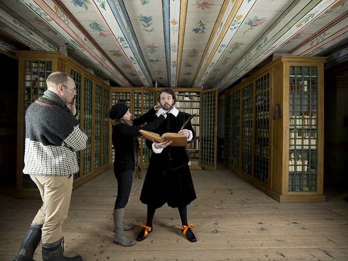 Profoto-Pro-B4-Alexia-Sinclair-A-Frozen-Tale-The-Library-bts-1.jpeg
